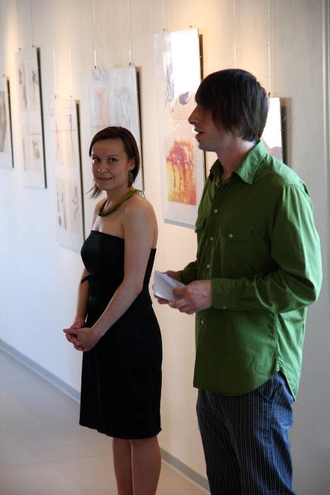 KRISTÝNA KRAHULCOVÁ – KOLIK TOUHY, TOLIK DVEŘÍ / vernisáž / 9. 6. 2010 // Galerie