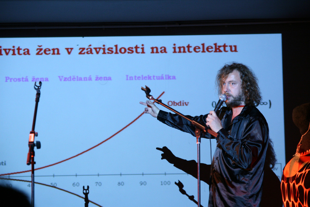 EKG: O LÁSCE A INTELEKTUÁLKÁCH… / literární večer / 21. 9. 201 // Klub ART
