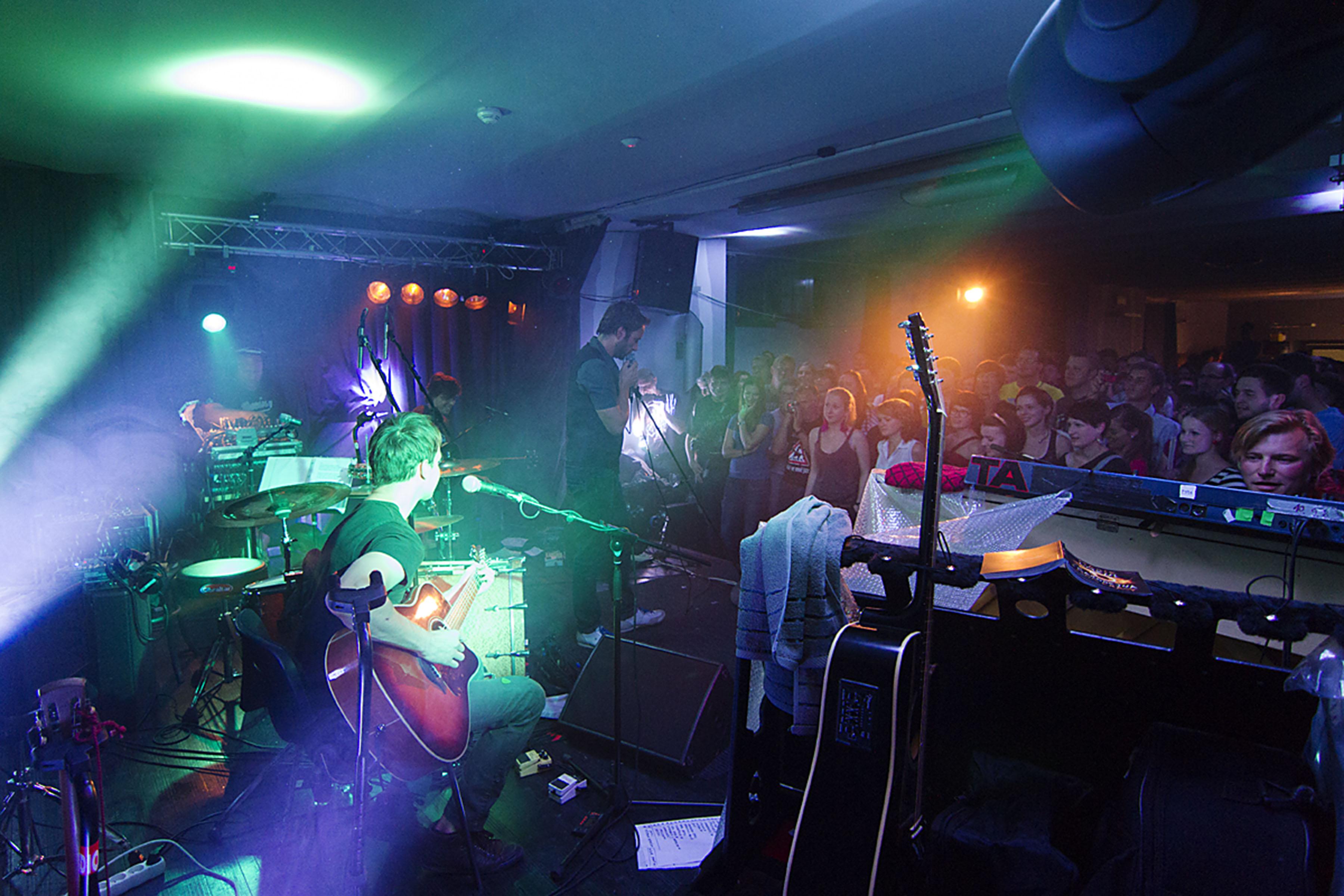 TATA BOJS koncert / Klub Art