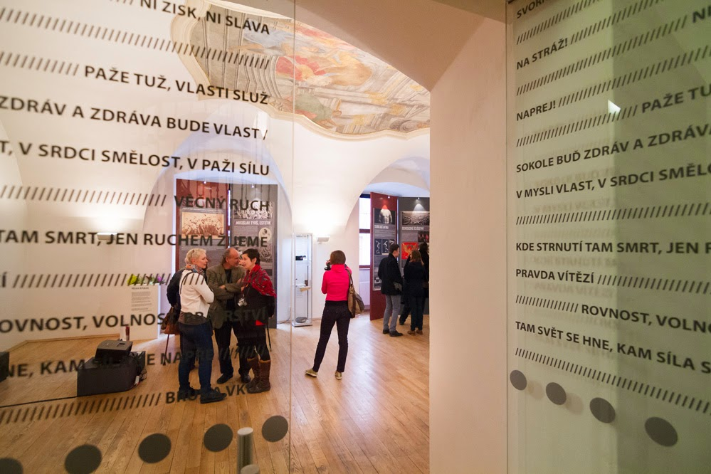 Sokol v umění vernisáž výstavy- refektář Domu umění