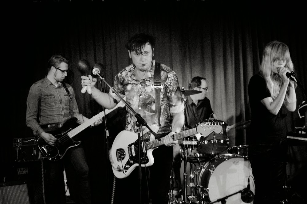 Kill The Dandies + Tulla Larsen koncert- Klub Art