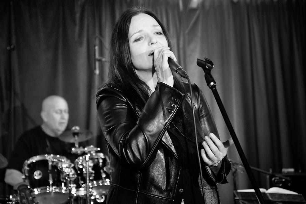 Blanka Šrůmová a Jan Sahara Hedl koncert/ Klub Art