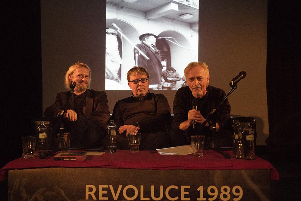 Revoluce 1989 na opavsku očima aktérů přednáška/ Klub Art
