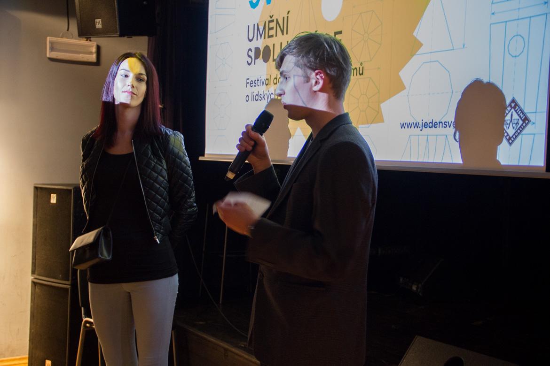 JEDEN SVĚT V OPAVĚ 2017 / debaty, projekce / 29. 3. 2017 // Klub Art