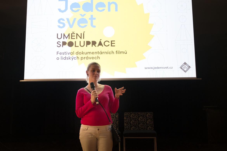 JEDEN SVĚT 2016 / projekce, debata / 31. 3. 2017 // Klub Art