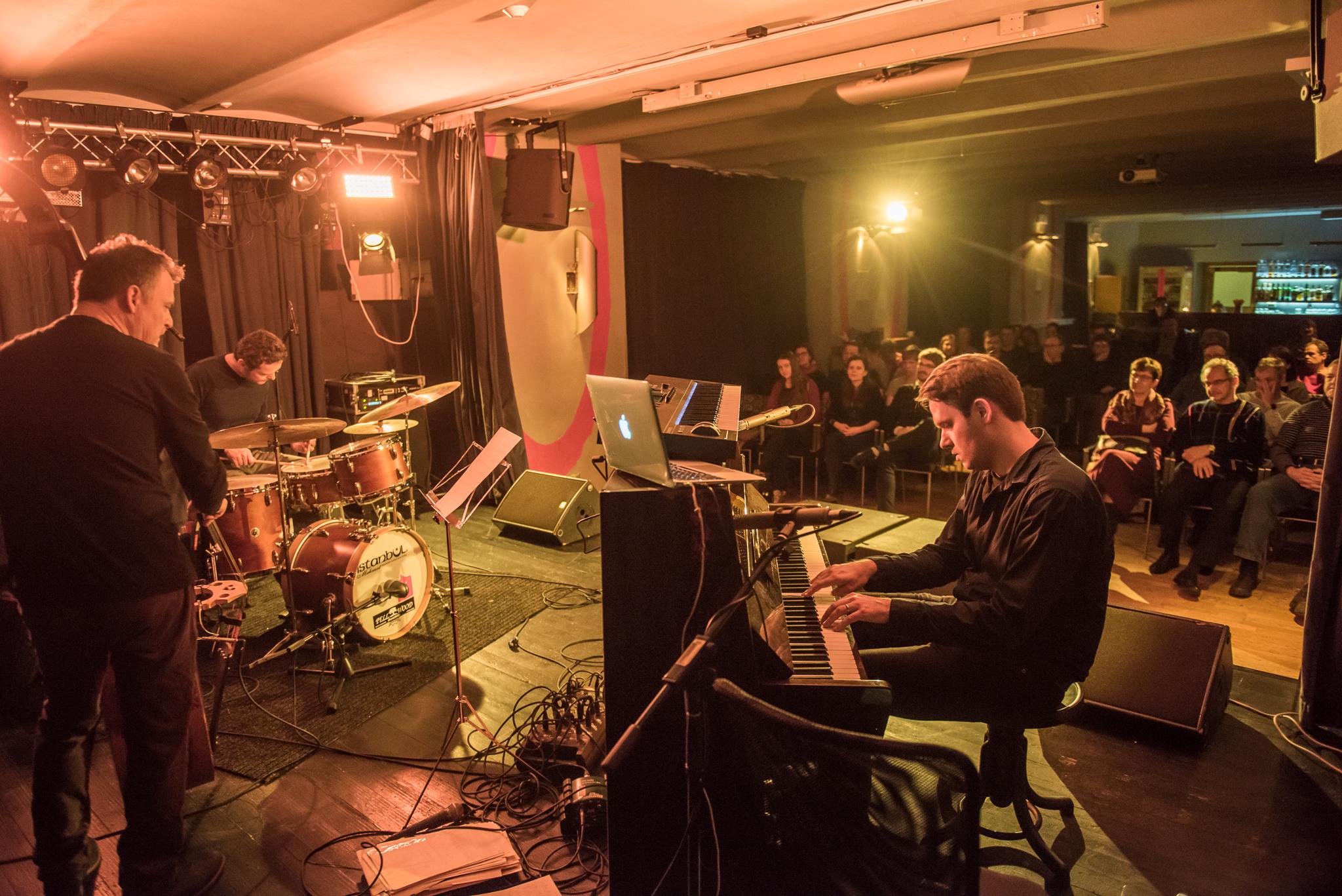 koncert ROBERT BALZAR TRIO / 22. 2. 2018 // Klub Art