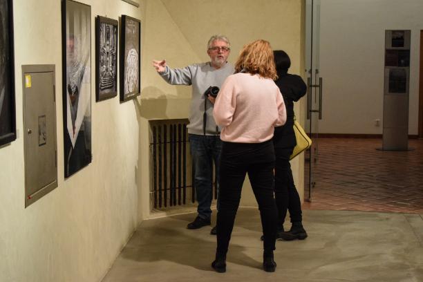 komentovaná prohlídka výstavy BEZ LIMITU – KAFKA V PŘEKRAČOVÁNÍ HRANIC / 20. 2. 2019 // Dům umění