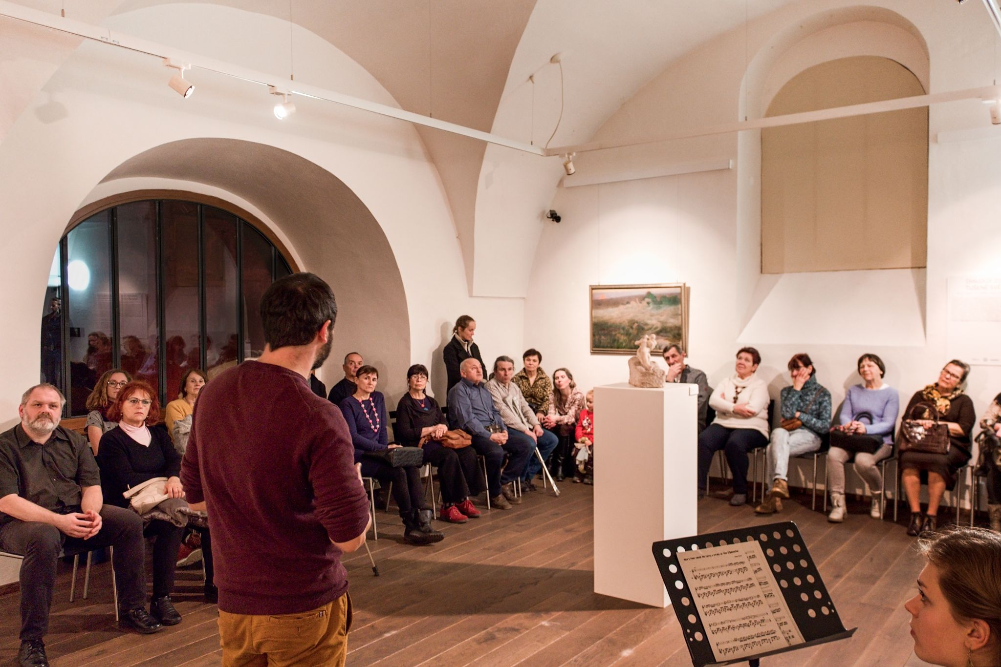 Komentovaná prohlídka výstavy TUŠENÉ SVĚTY s autorským koncertem / 12. 2. 2020 // Dům umění